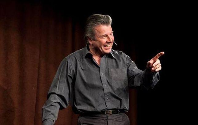 """Emilian Kamiński: """"Jestem człowiekiem walki. Będę walczył o teatr"""""""