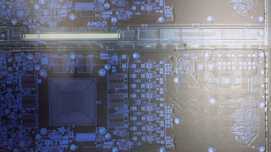 Domniemany laminat AMD Navi / Fot. Twitter (Komachi)