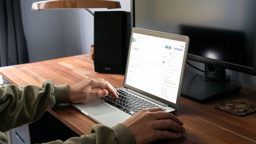 Przesyłanie maili, pisanie