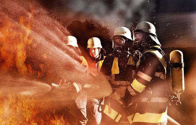Żagań: pożar domu wielorodzinnego. Dwie osoby nie żyją