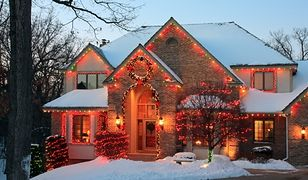 Bezpieczne oświetlenie świąteczne