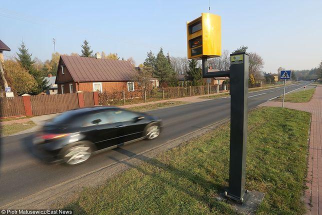 Według ekspertów obniżenie limitów prędkości w Polsce może przyczynić się do poprawy sytuacji na drogach