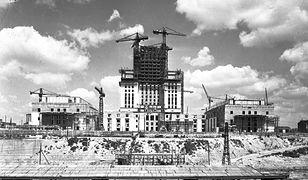 Sekrety przebudowy Warszawy. Miały być superwieżowce, a jest Pałac Kultury i Nauki