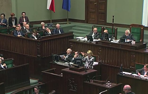 Salwy śmiechu w Sejmie. Joanna Scheuring-Wielgus: gdzie jest poseł Terlecki?