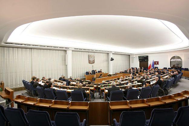 """Senator PiS Michał Seweryński składa wniosek o niewyrażenie zgody na referendum. """"Powstanie pułapka"""""""