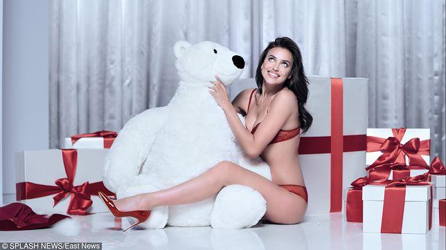 Top modelka w seksownej bieliźnie