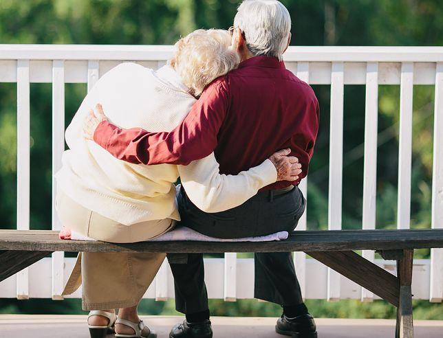 Senior Speed Dating AIOLIFriends x Dancing Międzypokoleniowy. Świętujemy Dzień Babci i Dziadka