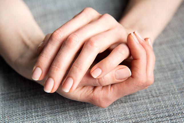 Warto przyglądać się paznokciom, mogą wiele powiedzieć o naszym zdrowiu.