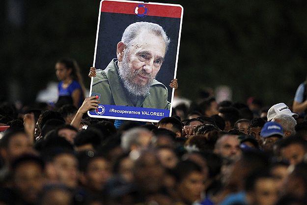 Niemcy wysłali Gerharda Schroedera na pogrzeb Fidela Castro