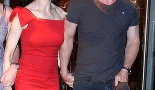 James Bond bez dziewczyny, ale z żoną