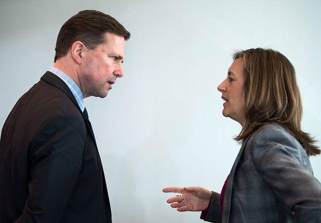 Rzecznik rządu Steffen Seibert i jego zastępca Ulrike Demmer