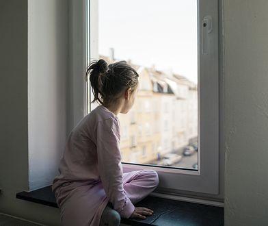 Dzieci nie mogą mieszkać bez opieki dorosłego