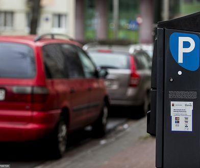 Warszawa. Władze miasta chcą podnieść kary za nieopłacenie parkingu
