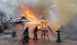 Eksplozje butli z gazem były przyczyną pożaru na jarmarku bożonarodzeniowym we Lwowie