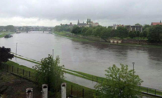 Powódź w Małopolsce? Przed południem prezydent Krakowa Jacek Majchrowski ogłosił pogotowie powodziowe - możliwe są podtopienia