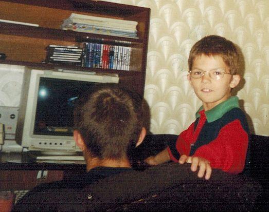 Tutaj podczas grania z bratem, a na ekranie Diablo 2