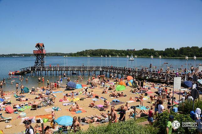 Śląskie. Oficjalnie ruszył sezon kąpielowy nad Pogorią I i III w Dąbrowie Górniczej.