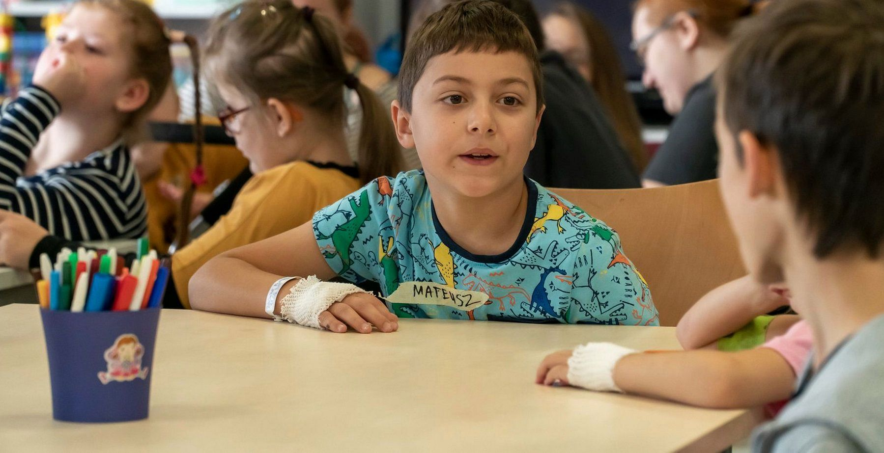 """""""Spójrz na szpital ich oczami"""". Fundacja K.I.D.S. zmienia na dobre życie małych pacjentów"""