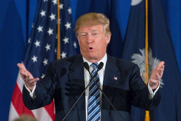 Trump krytykuje sędziego za wstrzymanie dekretu