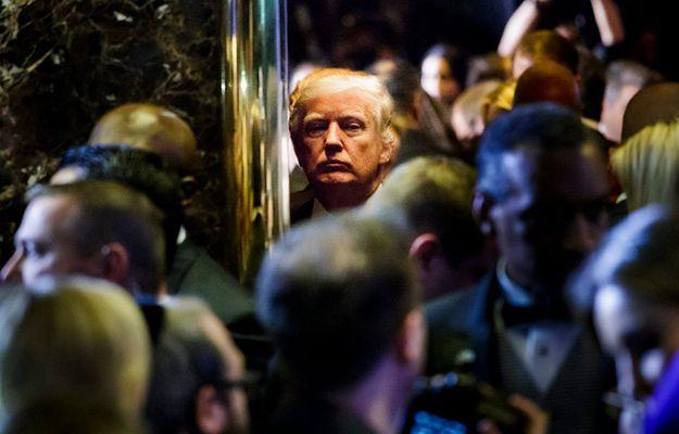 """Trumpa zapędzili do kąta"". Rosyjska prasa o hakach na prezydenta elekta USA"