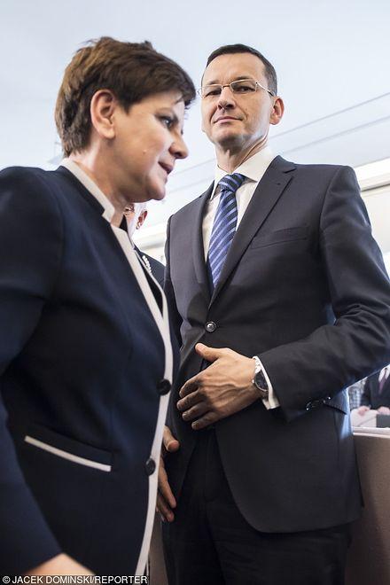 Ustępująca premier Beata Szydło i jej następca, Mateusz Morawiecki