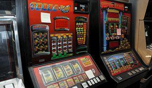 Wieliczka: Policja zabezpieczyła narkotyki i nielegalne automaty