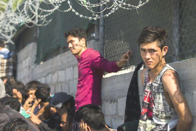 W Grecji zatrzymano 12 osób za podrabianie dokumentów dla migrantów