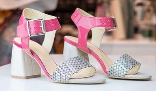 Halluksy, wysokie podbicie, krzywe palce. Jakie buty na lato?