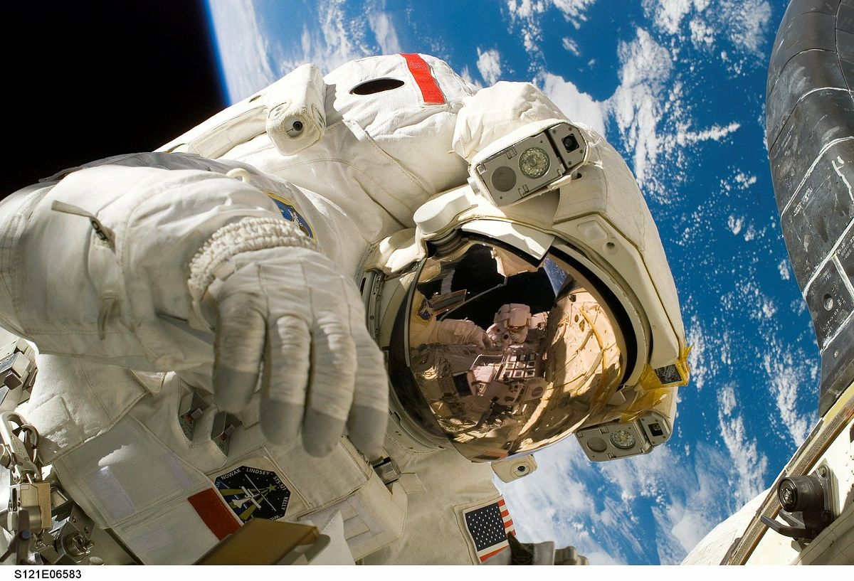 NASA testuje kombinezony dla swoich astronautów