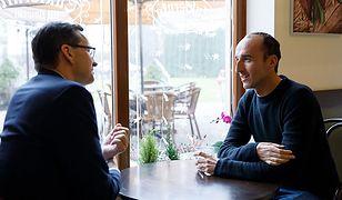 Premier Mateusz Morawiecki i Robert Kubica