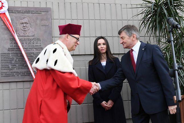 Marta Kaczyńska, marszałek Sejmu Marek Kuchciński oraz rektor UG dr hab. Jerzy Piotr Gwizdała