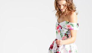 Elegancka sukienka z rozkloszowaną spódnicą przyda się na letnie przyjęcia