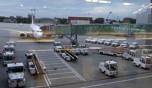 Wojewoda: Lotnisko Chopina gotowe na przyjęcie pasażera z ebolą