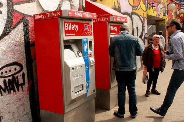 Nowe biletomaty w Warszawie