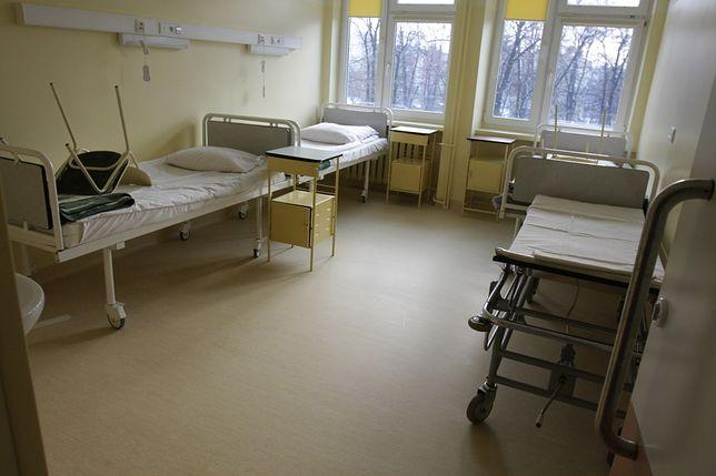 Kobieta zmarła po porodzie. Rodzina żąda milionowego odszkodowania