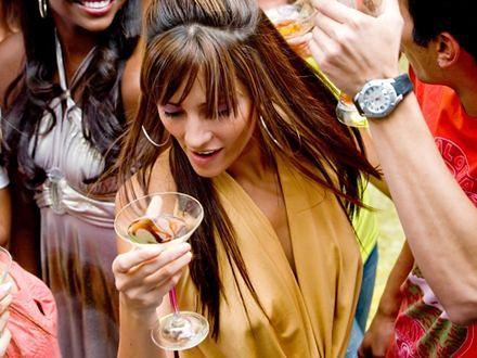 Pijące nastolatki tracą pamięć i orientację