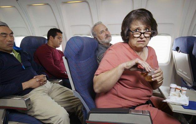 USA - pasażer chciał otworzyć drzwi samolotu