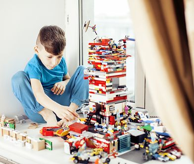 Klocki lego to przyjemny sposób na spędzanie czasu z dziećmi