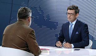 """""""Tłit"""". Andrzej Saramonowicz dosadnie o zachowaniu PiS wobec protestujących w Sejmie"""