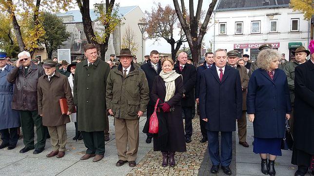 Minister środowiska Henryk Kowalczyk w towarzystwie swojego poprzednika Jana Szyszki na obchodach święta myśliwych