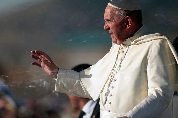 Papież odprawił mszę na granicy dwóch państw