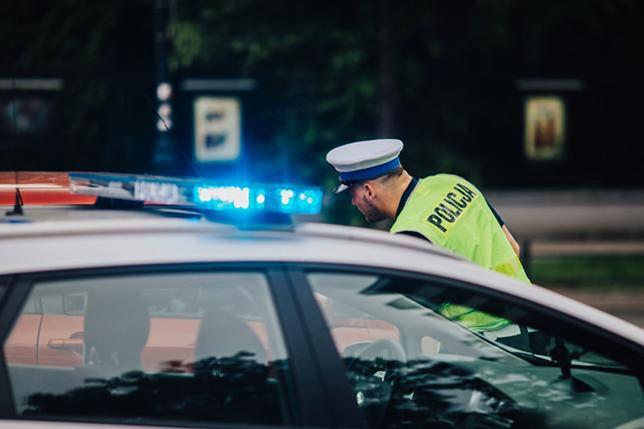 Mężczyzna tłumaczył policjantom, że nie zauważył kobiet