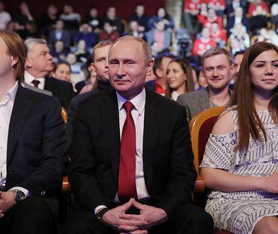 Władimir Putin nie ma konkurenta. Ostatni sondaż przed wyborami