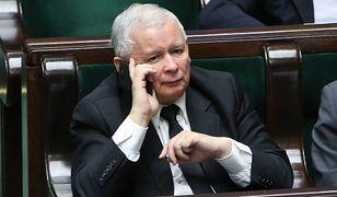 """Jarosław Kaczyński na """"taśmach Kaczyńskiego"""" jawi się jako twardy negocjator interesów partyjnej spółki Srebrna. Czy ta sprawa politycznie mu zaszkodzi?"""