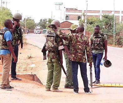 Kenijscy policjanci szukają uprowadzonych ludzi