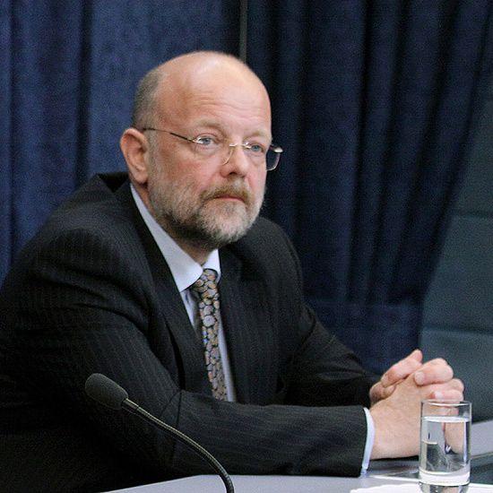 Nowak: Tusk mówił o Sikorskim; Kownacki: nie pamiętam