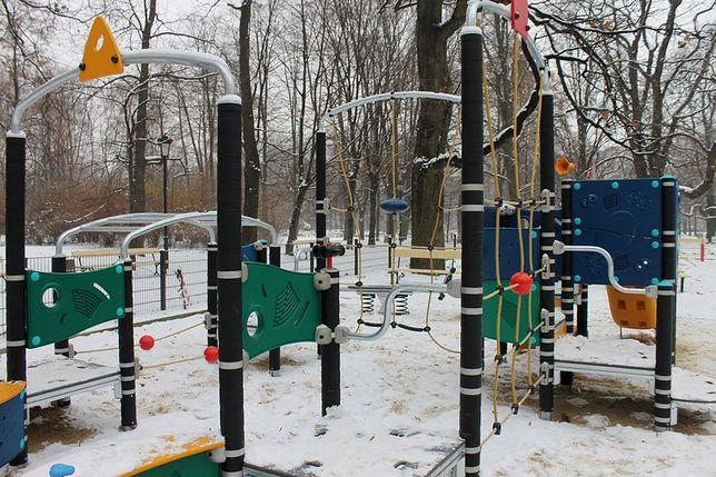 Place zabaw w Ogrodzie Saskim i Parku Praskim gotowe!