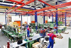 Produkcja przemysłowa delikatnie zaskakuje