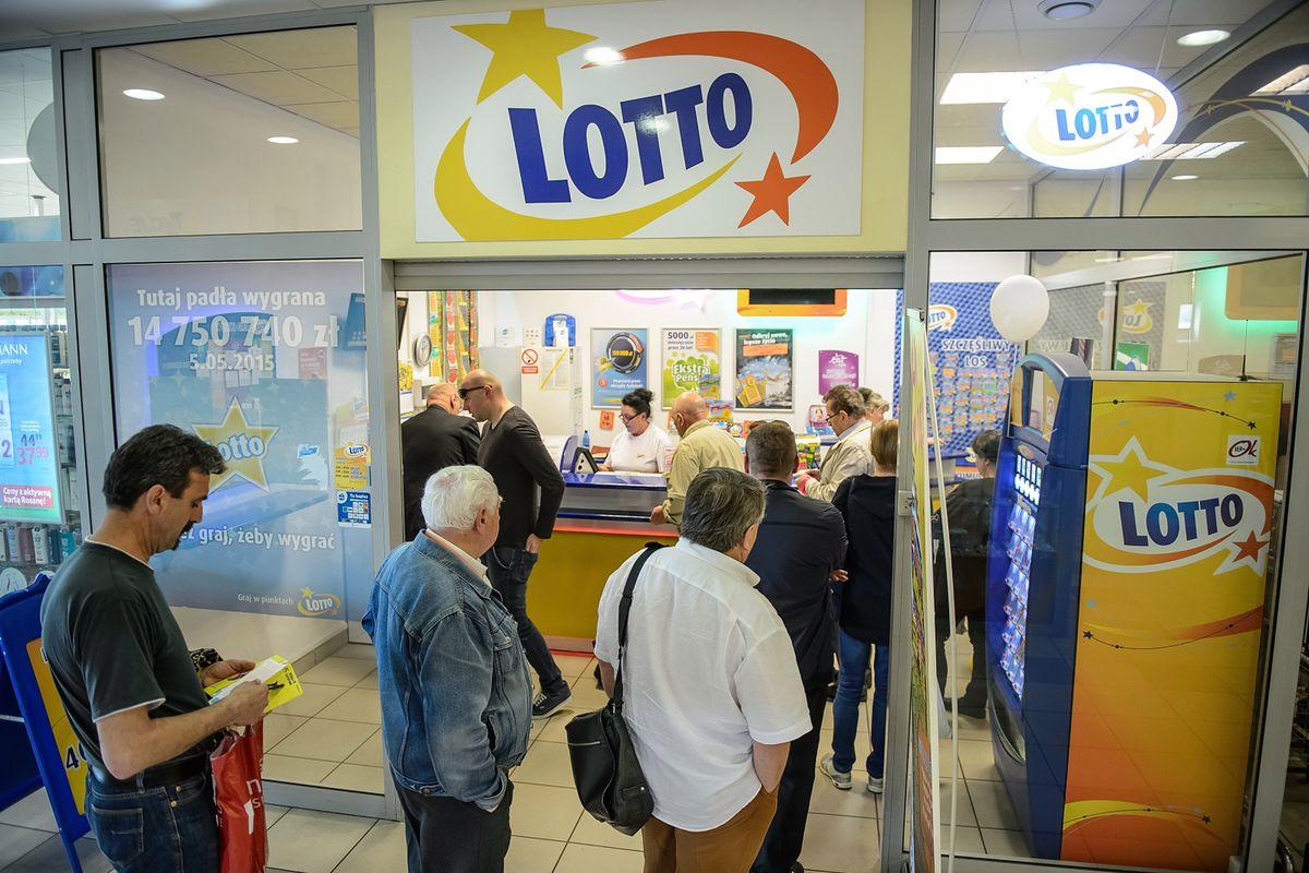 """Losowanie Lotto. """"Szóstki"""" nie było, pula przechodzi dalej"""