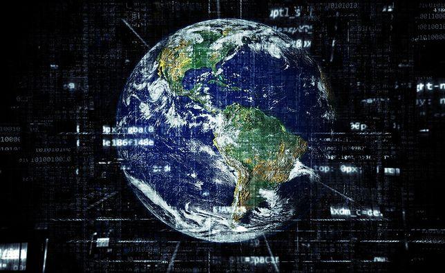 Sztuczna inteligencja w marketingu internetowym - Maszyna vs Człowiek